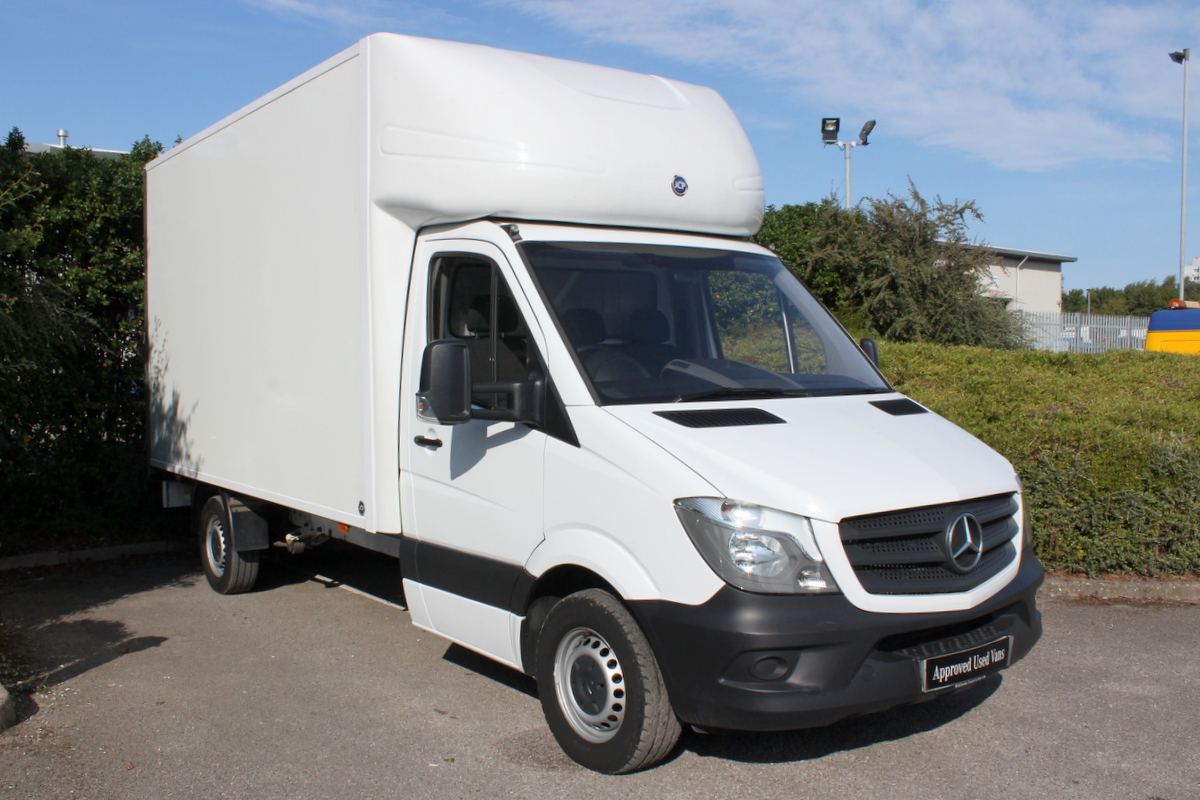 2016 Mercedes Benz Sprinter 313 Luton with Tail Lift