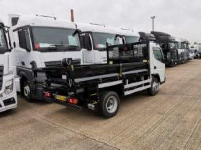 Fuso Canter 7C 150 hp Manual 3850 14ft Tipper