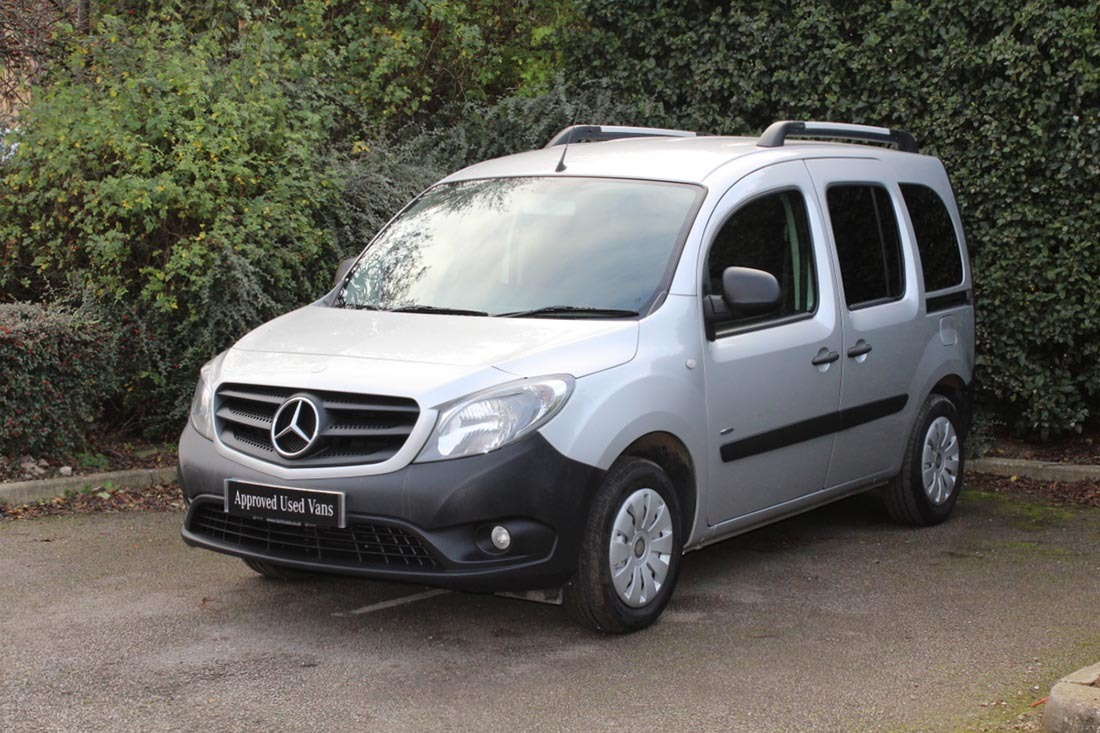 approved used van mercedes benz citan 109 cdi traveliner. Black Bedroom Furniture Sets. Home Design Ideas