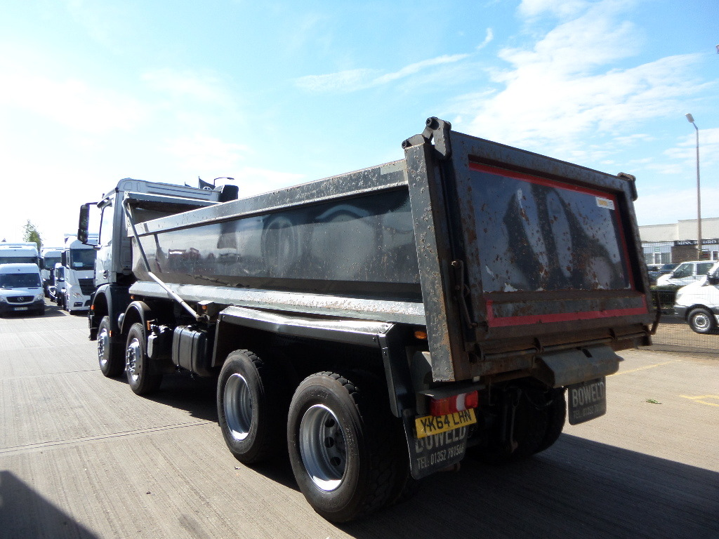 Approved used truck mercedes benz arocs 3240 for Used mercedes benz truck