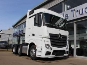 Mercedes Actros Streamspace 2548