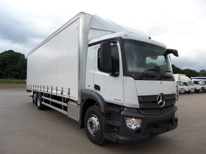 Mercedes ANTOS 2533L - Curtainside with tail lift -  NEW PRE-REG