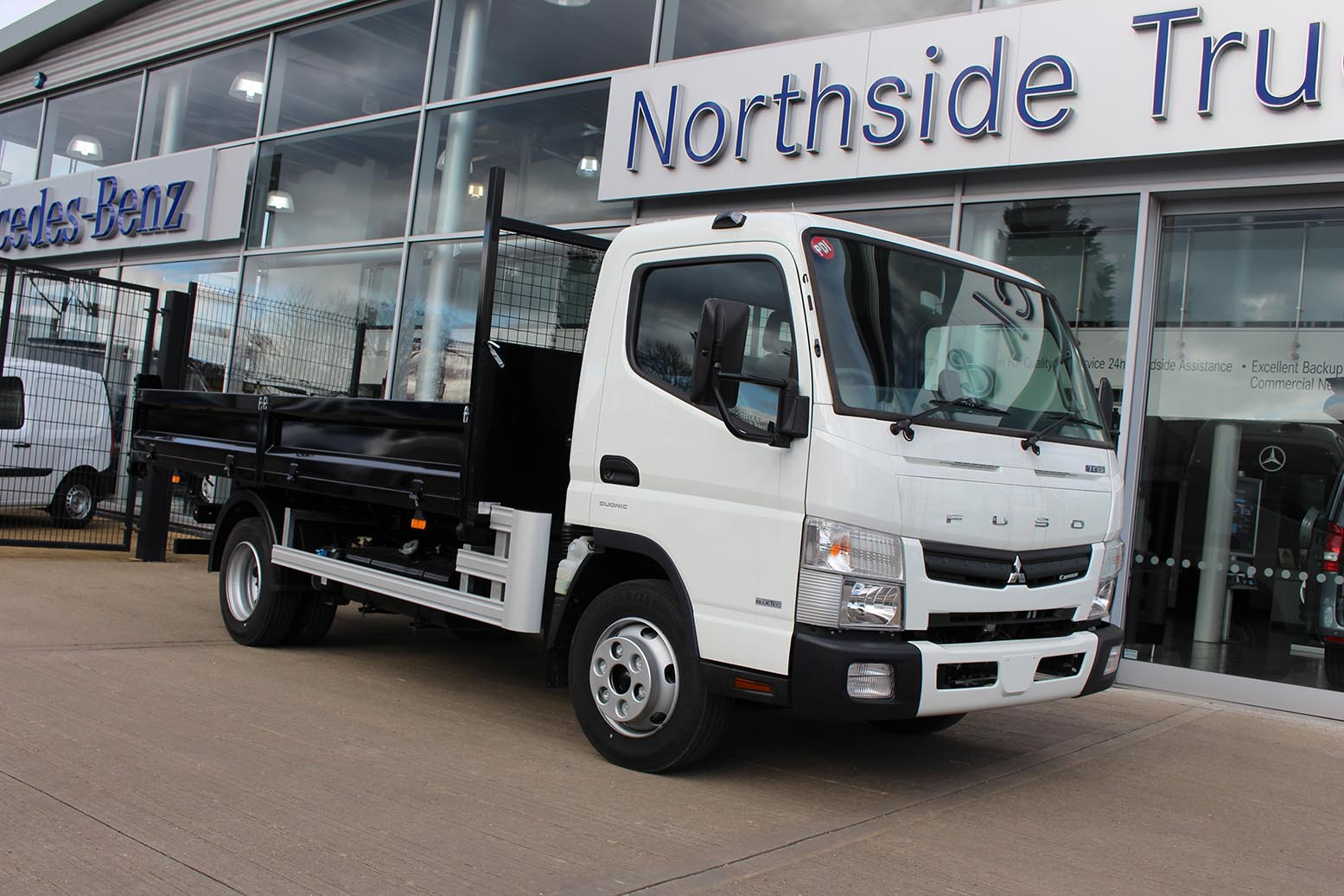 incredible photos of mercedes benz northside truck and
